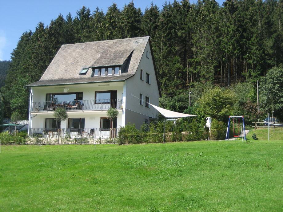 Landhaus mit 5000 qm Gelände und Garten