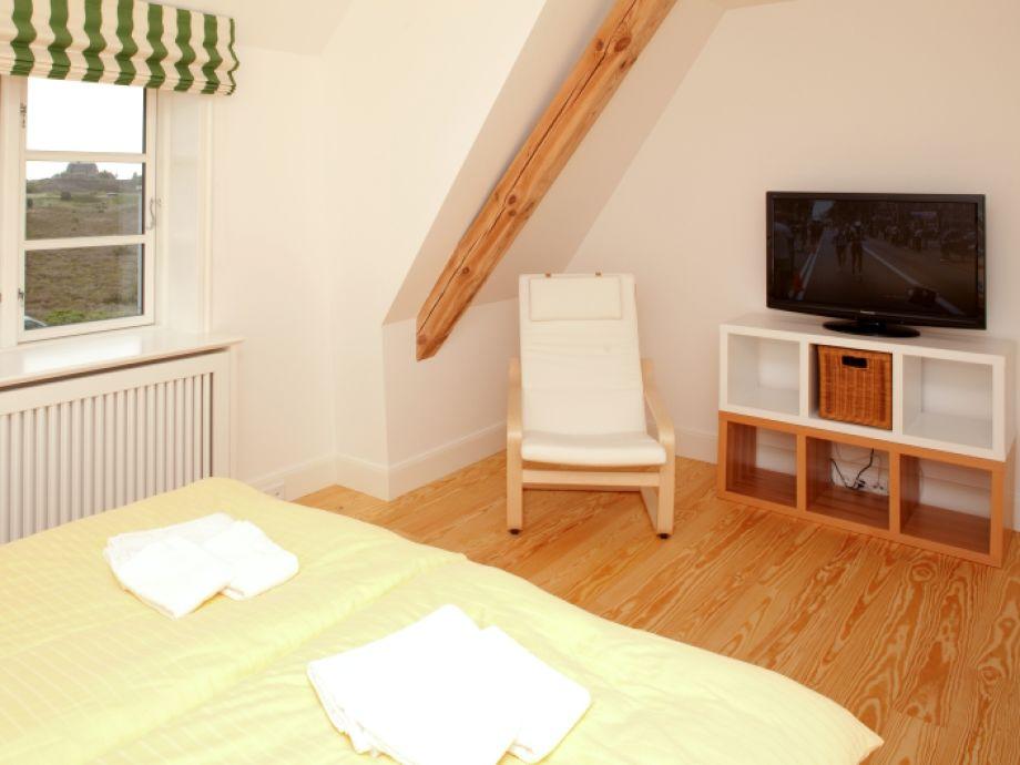 Ferienhaus haus am heidetal sylt nordsee nordfriesland schleswig holstein firma - Fernseher im schlafzimmer ...