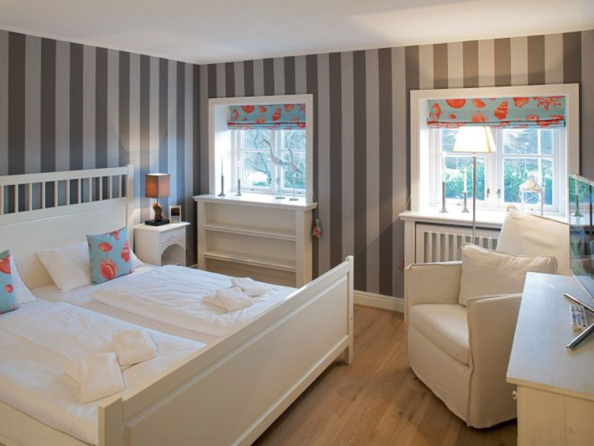 ferienhaus kapit nshaus m vengrund list firma appartementvermittlung familie clausen frau. Black Bedroom Furniture Sets. Home Design Ideas