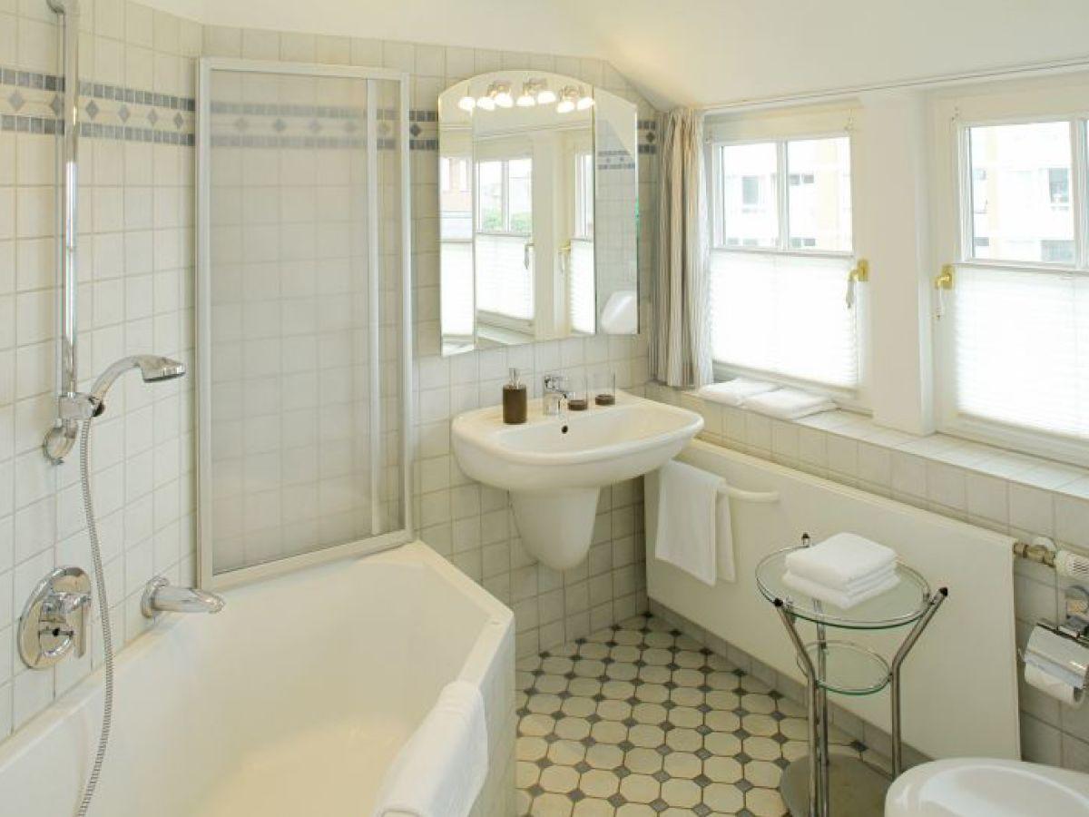 ferienhaus hus senenskiin sylt nordsee nordfriesland schleswig holstein firma. Black Bedroom Furniture Sets. Home Design Ideas