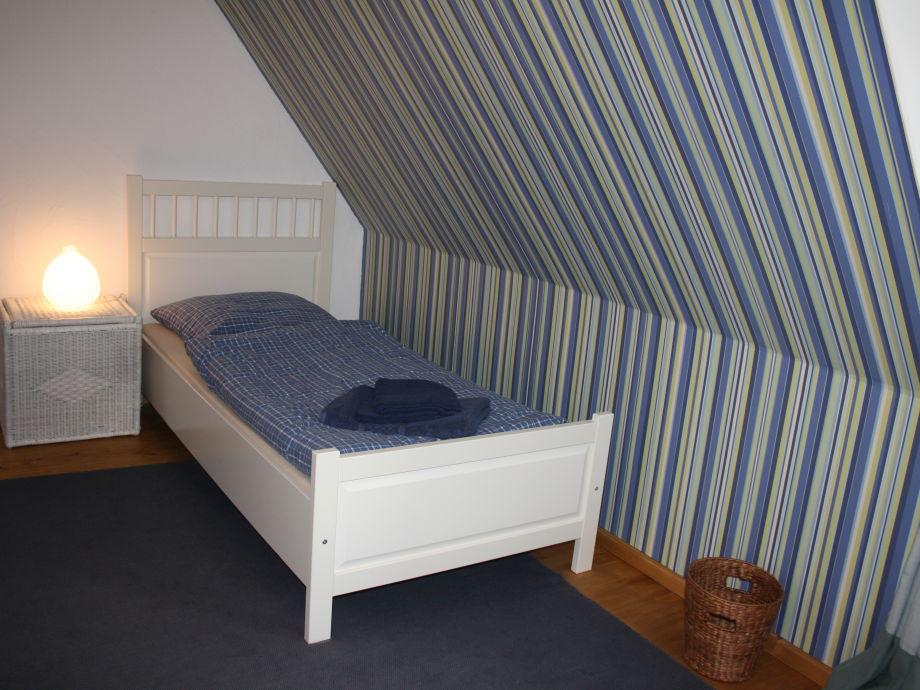 Ferienhaus kattrott schlei geltinger bucht frau iris reichert - Blaues schlafzimmer ...
