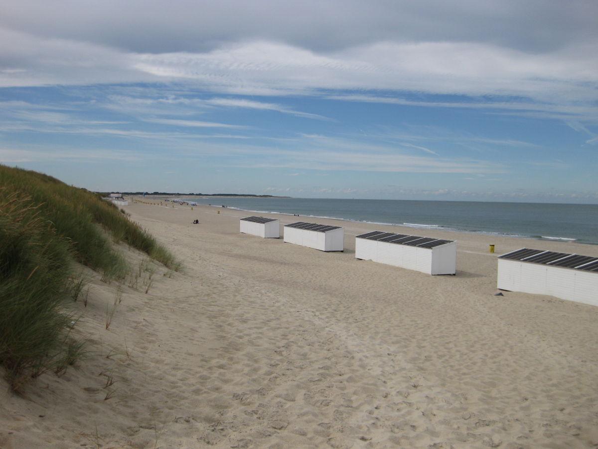 ferienvilla zand 24 nah am strand zeeland noord. Black Bedroom Furniture Sets. Home Design Ideas