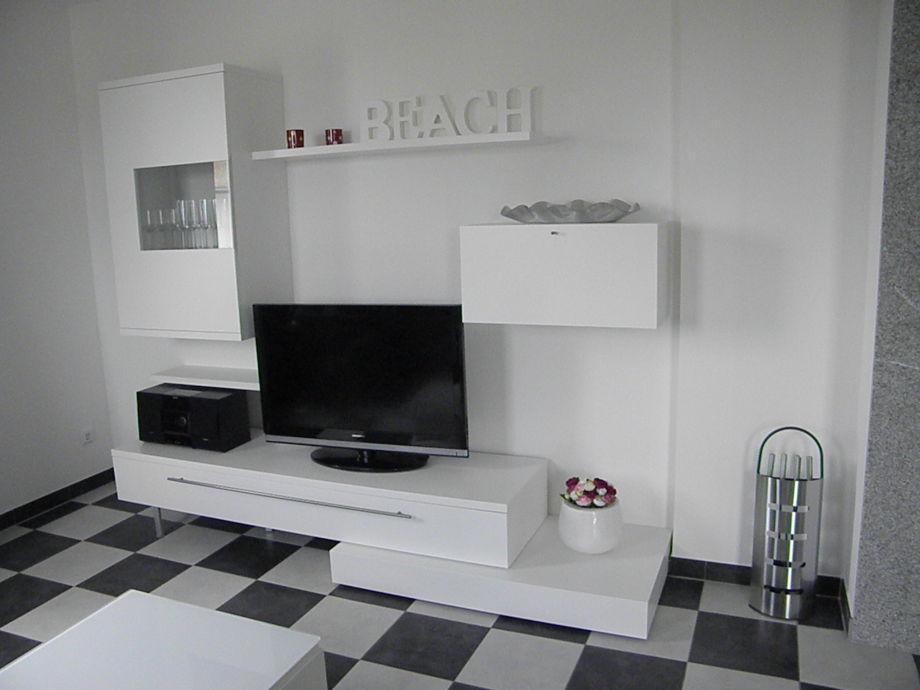 villa moderne zeiten zinnowitz insel usedom firma ferienhausvermietung frau annemarie klodt. Black Bedroom Furniture Sets. Home Design Ideas
