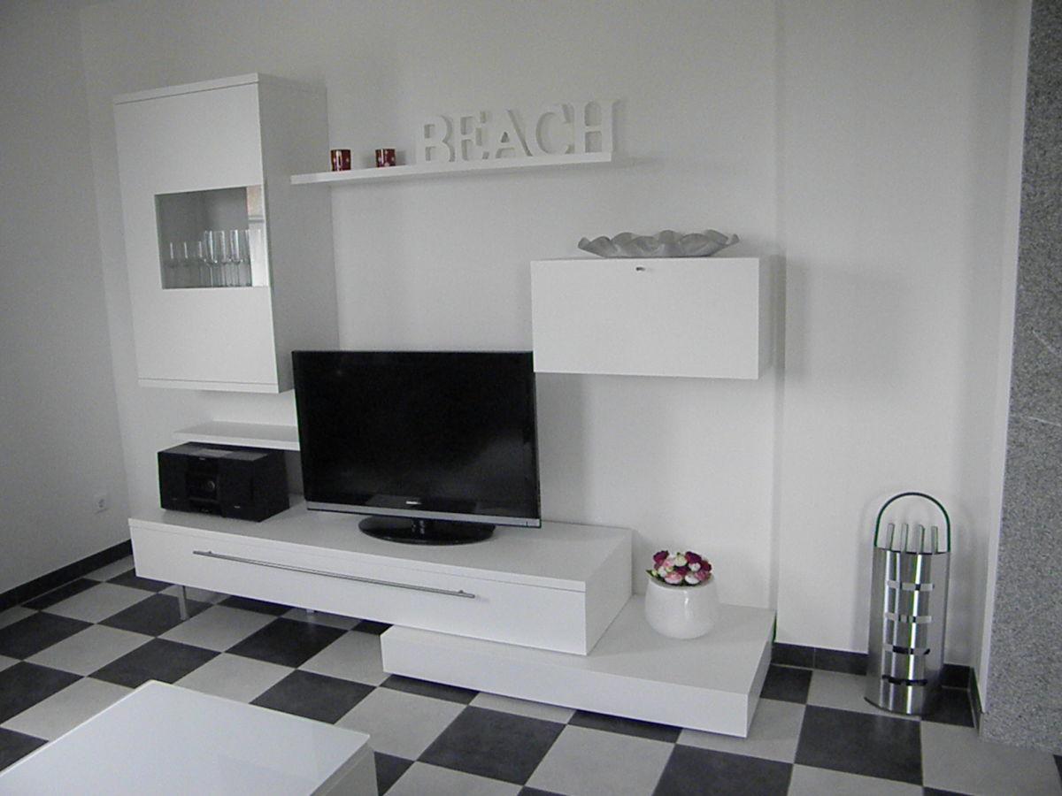 radio wohnzimmer sammlung von bildern des. Black Bedroom Furniture Sets. Home Design Ideas