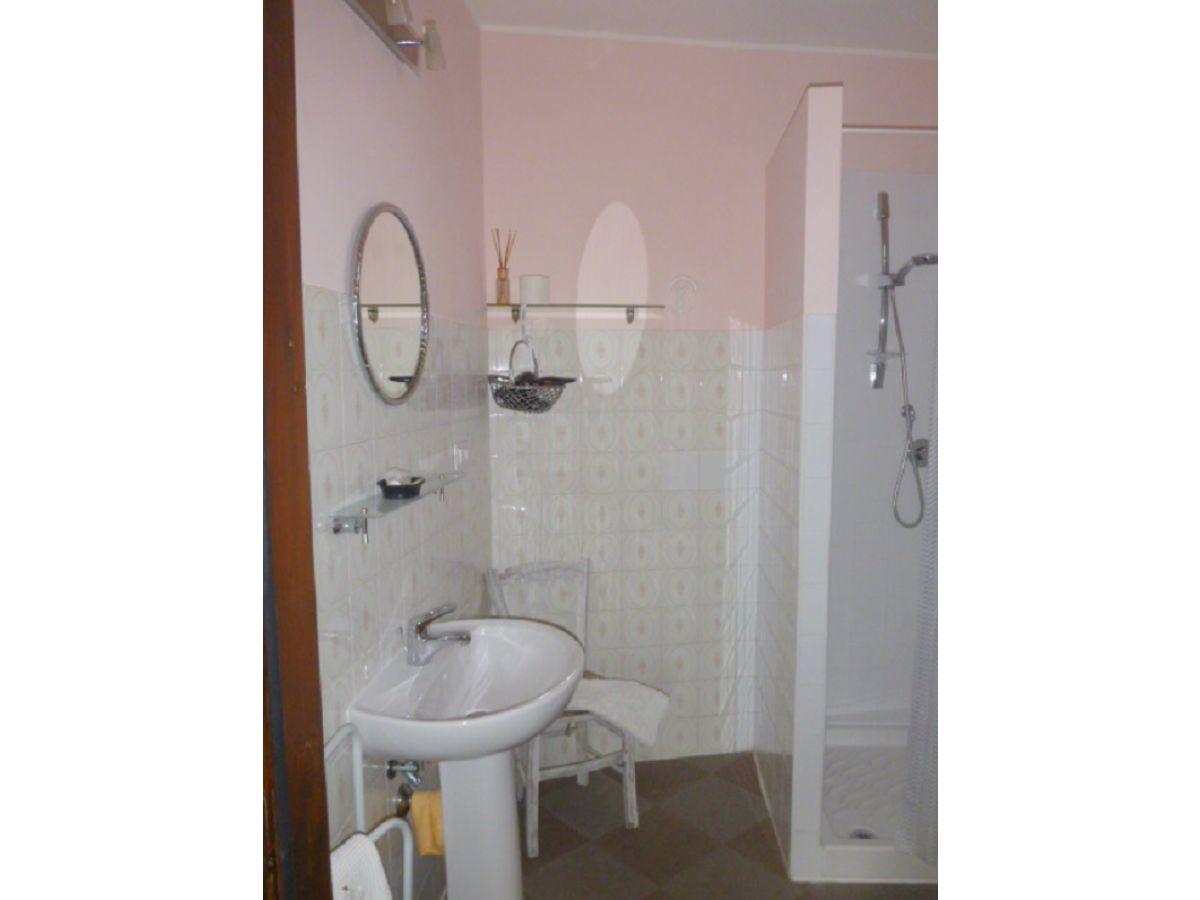 ferienwohnung casa bianca grande sicilia nordk ste sizilien milazzo rodi milici frau. Black Bedroom Furniture Sets. Home Design Ideas
