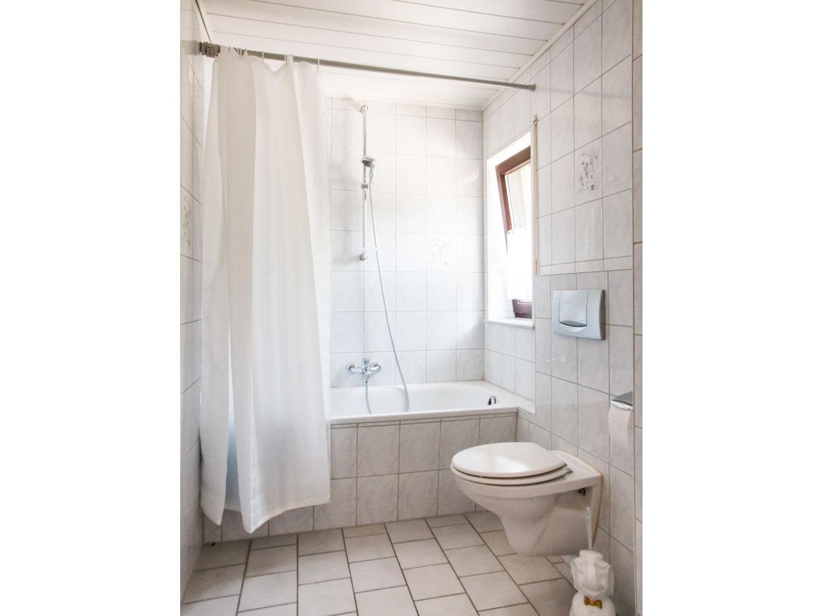 ferienwohnung loreley im weingut lithos rheinland pfalz mittelrhein oberwesel weilerboppard. Black Bedroom Furniture Sets. Home Design Ideas