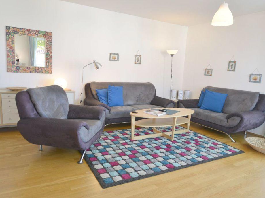 Wohnzimmer mit direkter Seesicht 2x TV u. W-lan inkl.