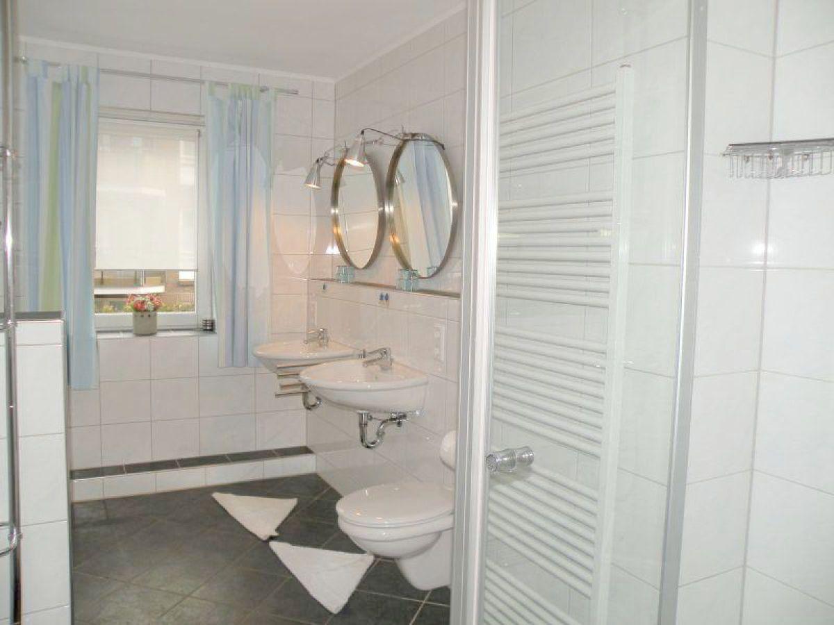 ferienwohnung strand palais pa01 cuxhaven duhnen nordsee firma caroline feirenappartements. Black Bedroom Furniture Sets. Home Design Ideas