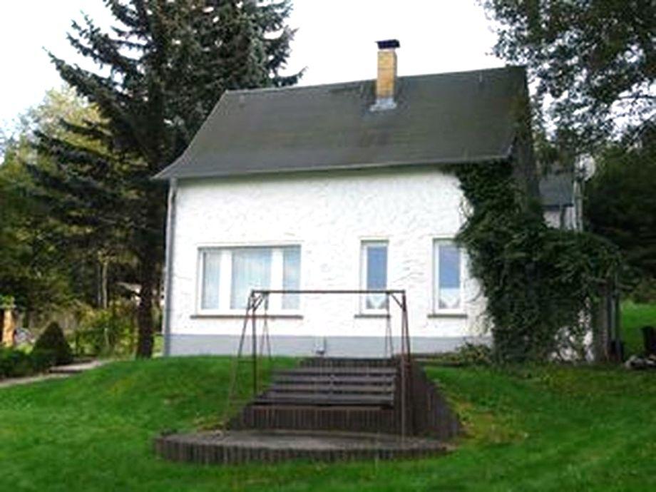 Haus mit Kaminofen und Blick in die Weite Ferne