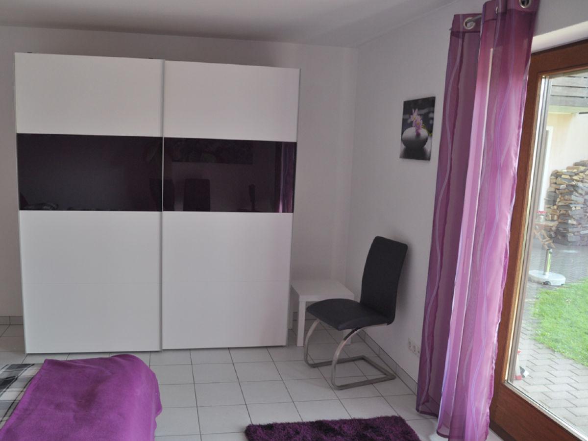 ferienwohnung sonnenseite rh n gersfeld frau sibylle. Black Bedroom Furniture Sets. Home Design Ideas