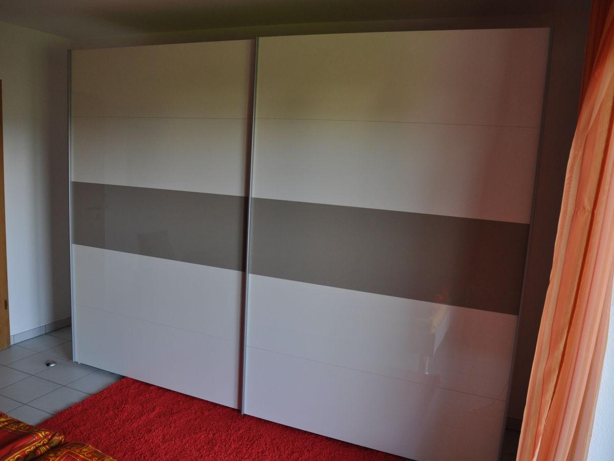 ferienwohnung sonnenseite rh n gersfeld frau sibylle schneider. Black Bedroom Furniture Sets. Home Design Ideas
