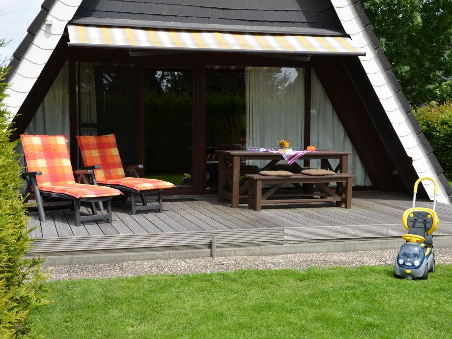 Ferienhaus Nurdachhaus Blume in Carolinensiel, Ostfriesland Nordsee ...