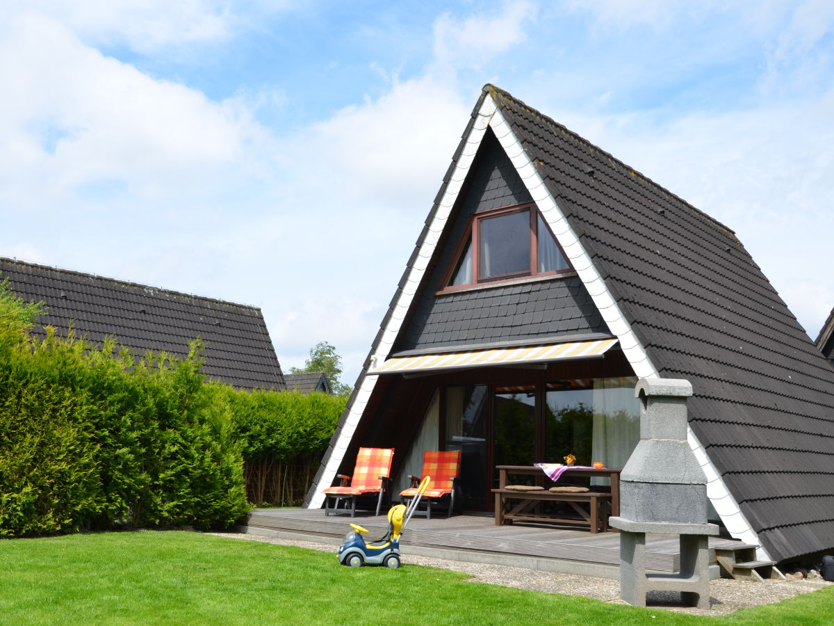ferienhaus nurdachhaus blume in carolinensiel. Black Bedroom Furniture Sets. Home Design Ideas