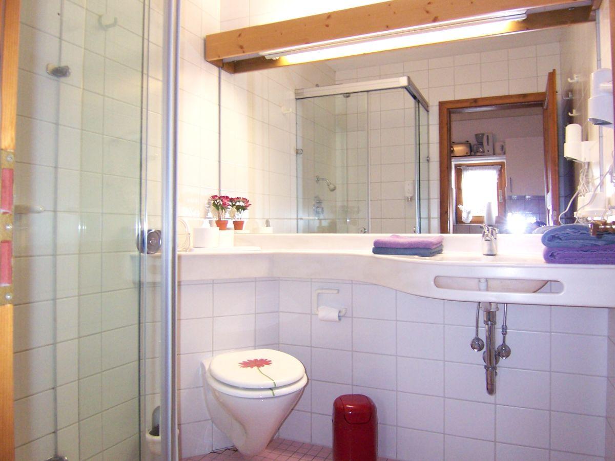 ferienwohnung hochzeitsstube im landhaus charivari bolsterlang firma charivari ferienwohnungen. Black Bedroom Furniture Sets. Home Design Ideas
