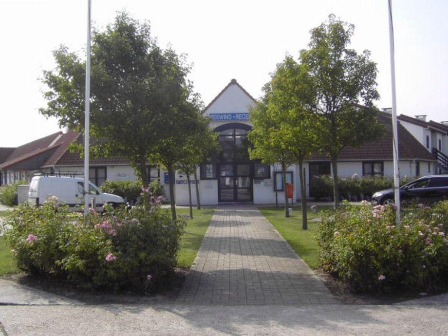 Rezeption des Ferienparks Zeewind
