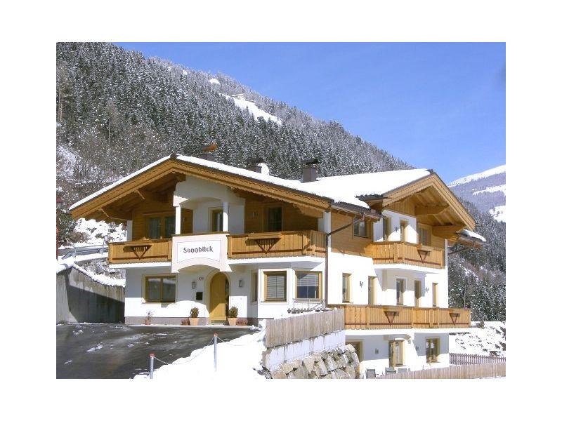 Holiday apartment Landhaus Sonnblick