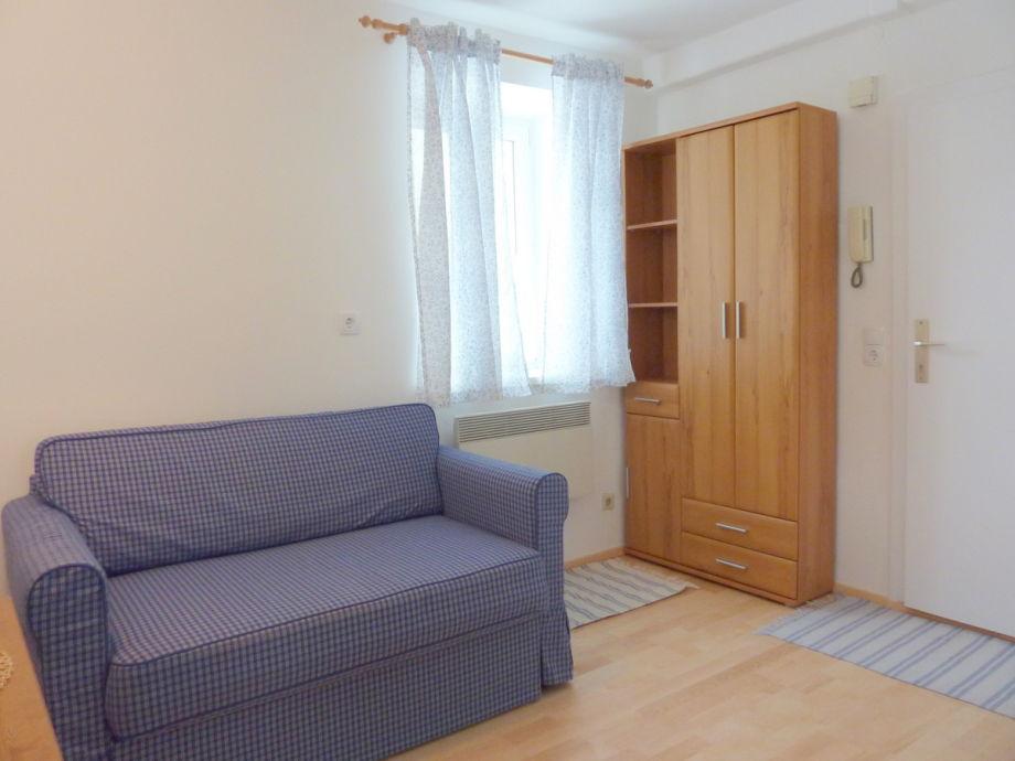 Ferienwohnung apartment ruth 3 salzburg stadt firma for Sofa 8 personen