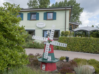 """""""D"""" im Haus-zum-See"""
