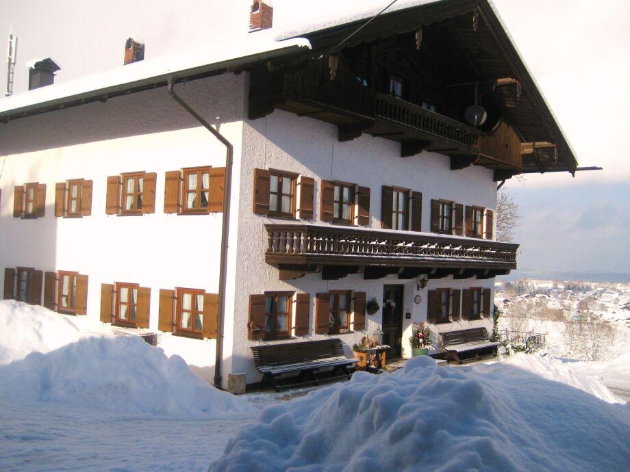 Der Demelhof im Winter.