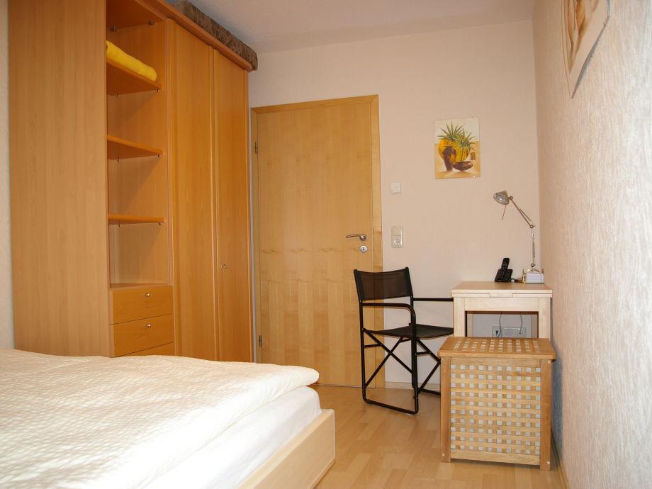 Schreibtisch Im Esszimmer: Esszimmer Modern Kaufen Dachboden Home ... Schlafzimmer Einrichten Mit Schreibtisch