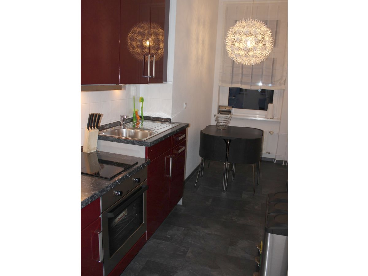 ferienwohnung in berlin prenzlauer berg frau viola stendahl blaschke. Black Bedroom Furniture Sets. Home Design Ideas