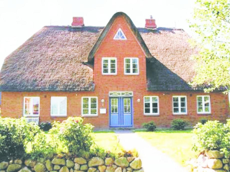 Reetgedecktes Haus