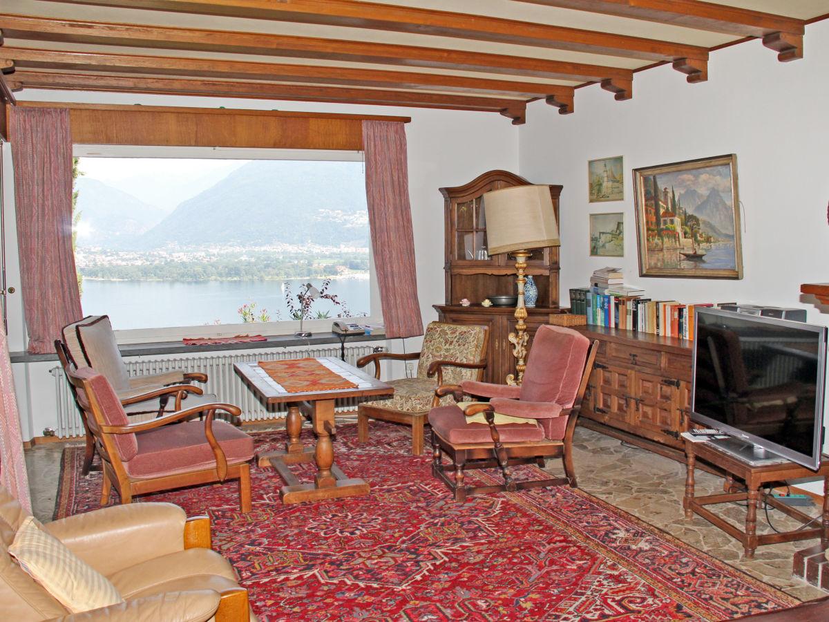 Villa gesina san nazzaro firma holap herr peter ackle - Sitzecke wohnzimmer ...