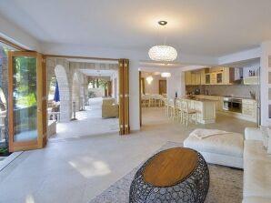 Exklusive Luxus Villa Diane