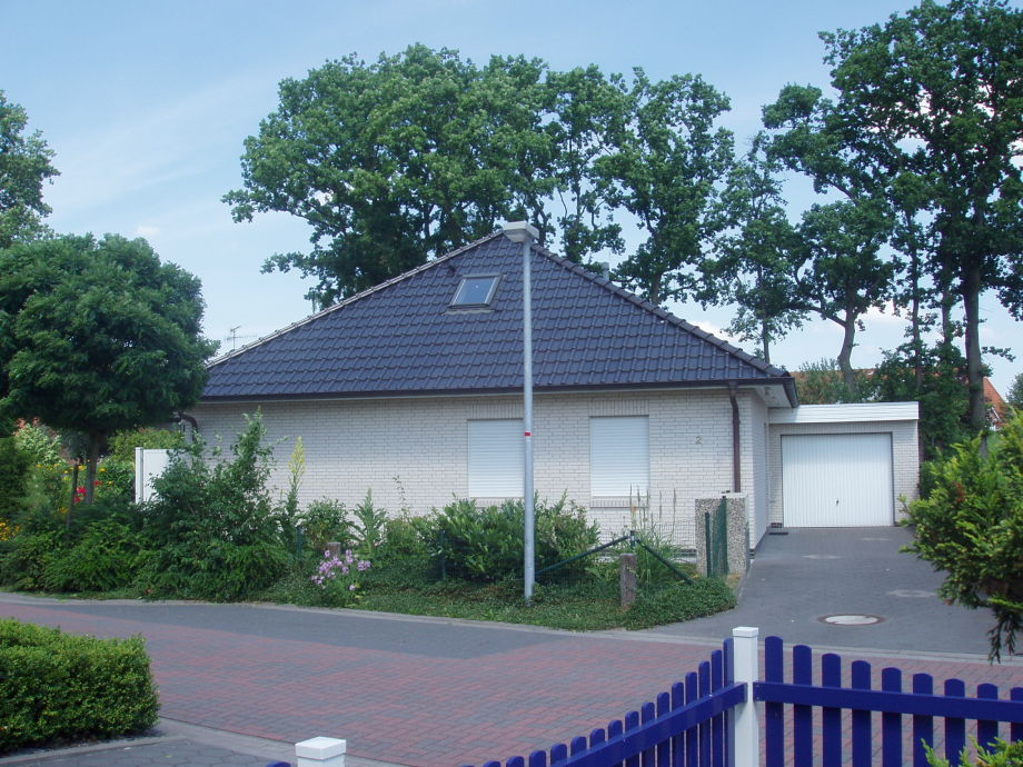 Bungalow im Sommer