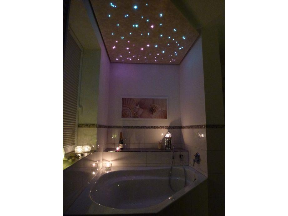 Badewanne mit Sternenhimmel