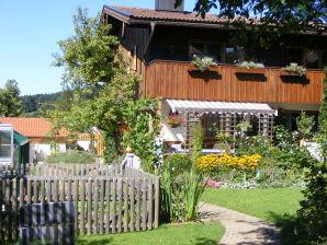 Ferienwohnung für Nichtraucher im Künstlerhaus Hecher-Dorn