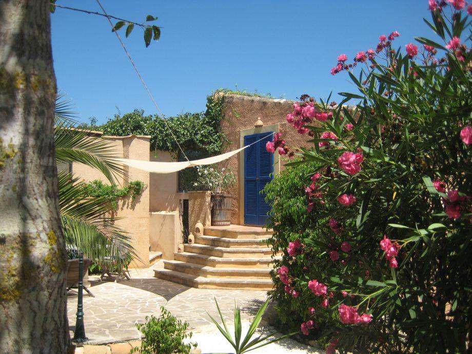 Eingang und Terrasse des Apartment Junior in Son Massià
