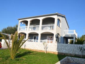 Apartment Villa-Elena
