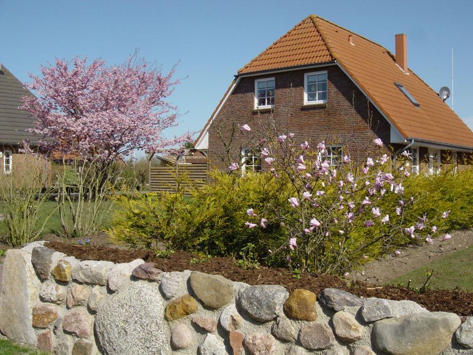 Haus Winkler im Frühjahr
