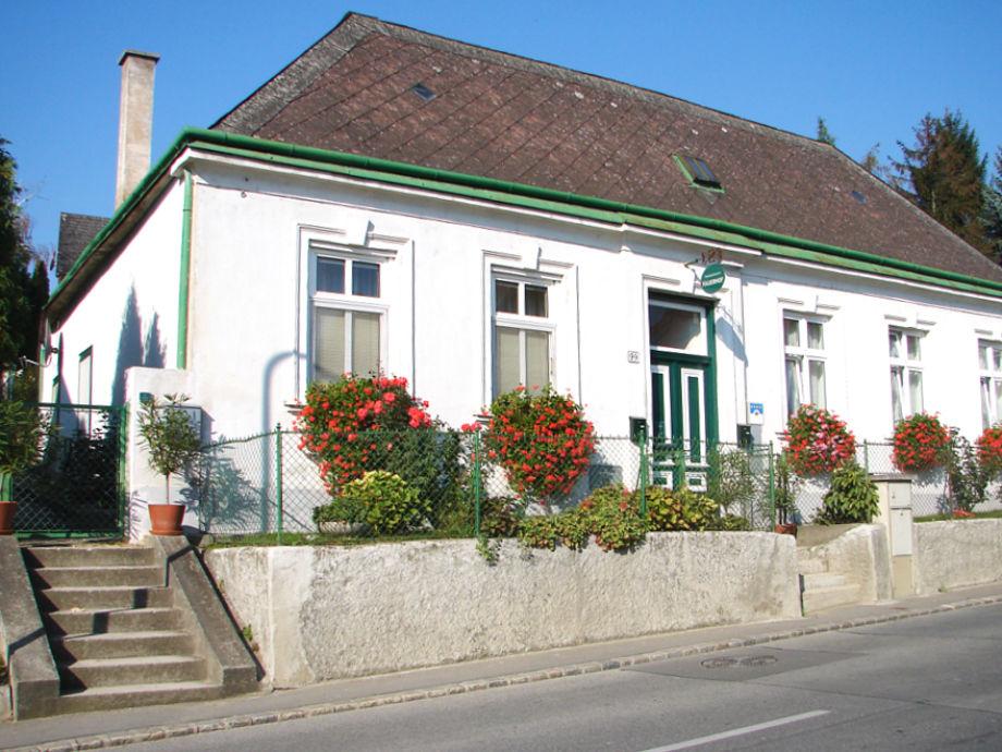 Hausfront Ferienapartments im Hauerhof 99