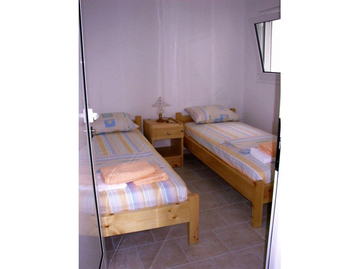 Ferienwohnung roma ber zwei etagen achlia herr roland krapf - Schlafzimmer roma ...