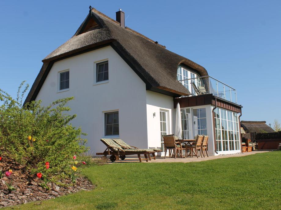 Ferienhaus mit Garten und Terasse