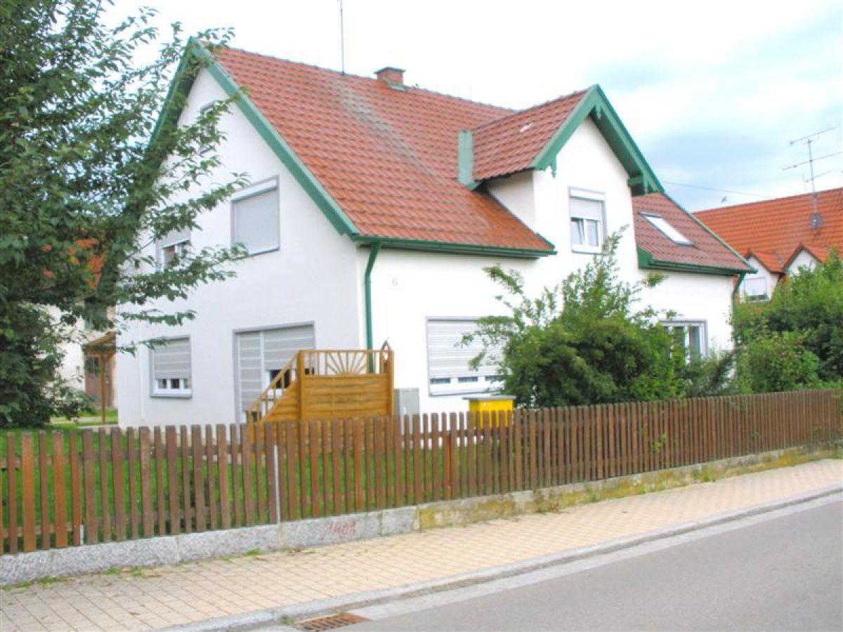 Ferienwohnung Gartenblick Dachau Familie Manfred Und Sonja Lutz