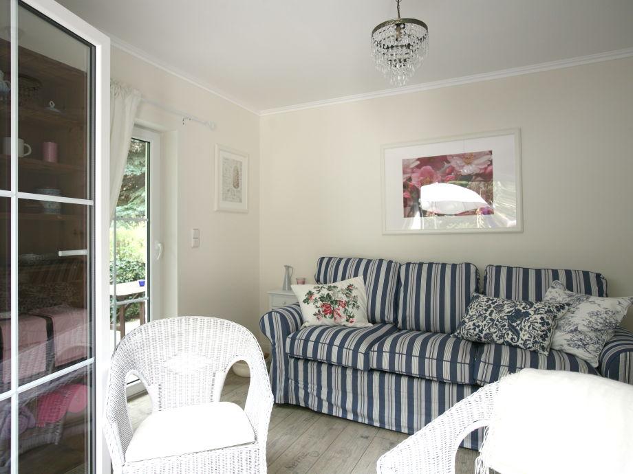 Wohn-/Schlafzimmer mit Ausziehcouchbett