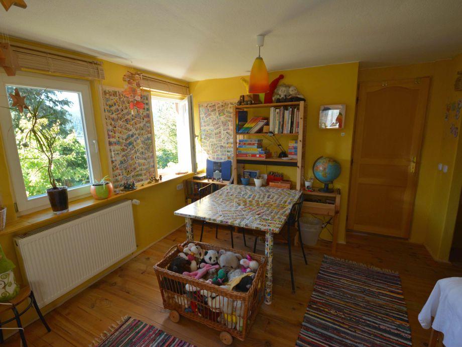 Ferienhaus haus am berg schwarzwald nordschwarzwald for Kinderzimmer berge