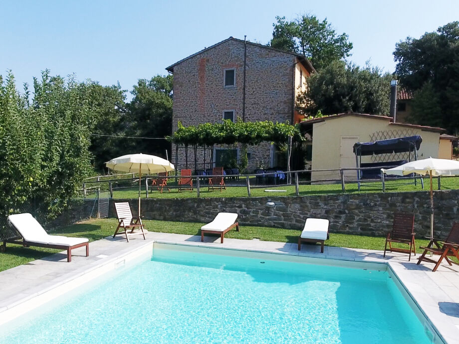 Ansicht der Villa vom Pool