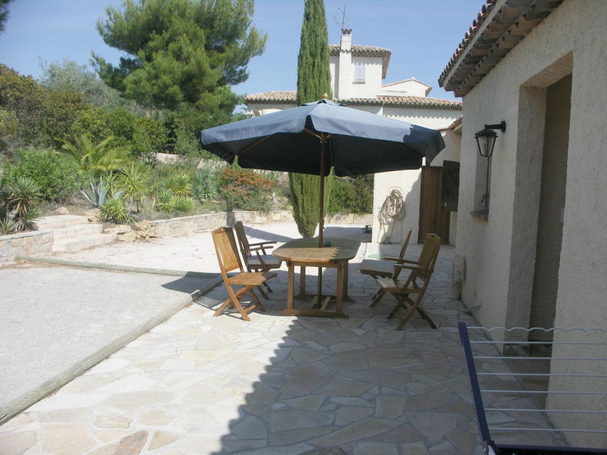 ... Ferienhaus Pin Parasol C Te D 39 Azur Herr Ulrich Graf For Garten  Nordseite Einen Stilechten Cottage Garten Anlegen ...