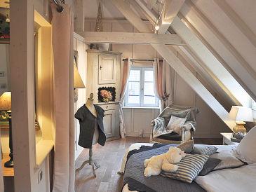ferienh user ferienwohnungen in den bergen in riquewihr. Black Bedroom Furniture Sets. Home Design Ideas