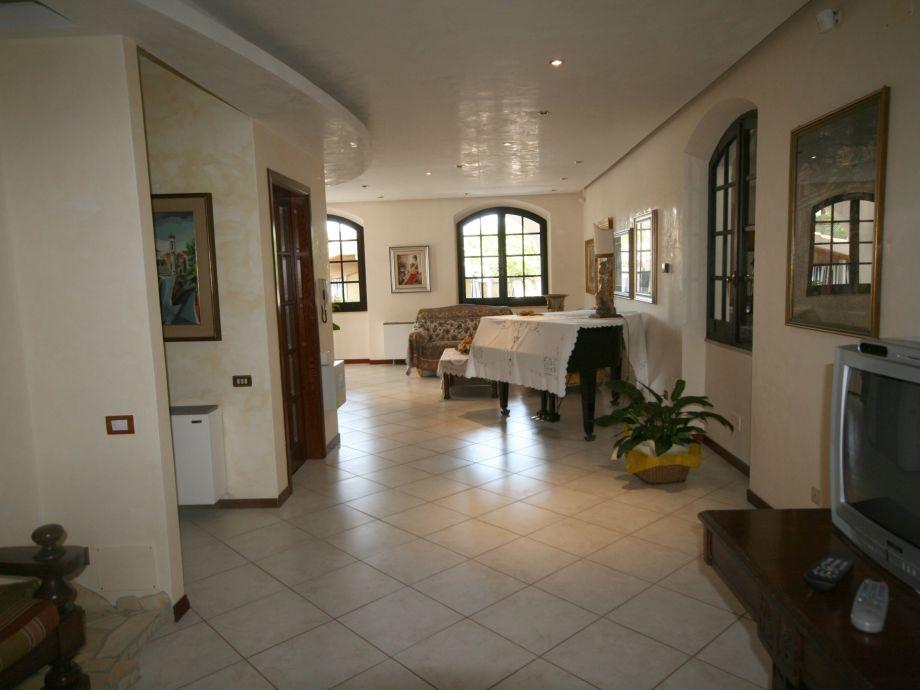 Villa topazio sardinien firma new sardinian holidays for Wohnzimmer marmortisch