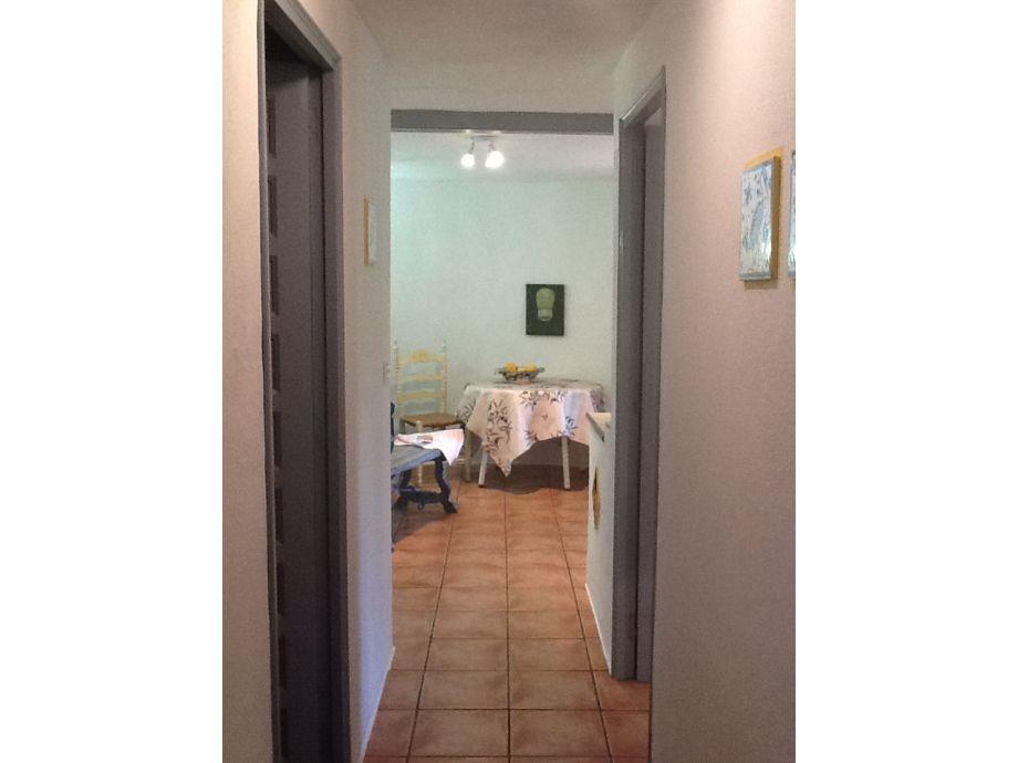 ferienwohnung im sch nen chalet azul costa brava frau susanna sander. Black Bedroom Furniture Sets. Home Design Ideas