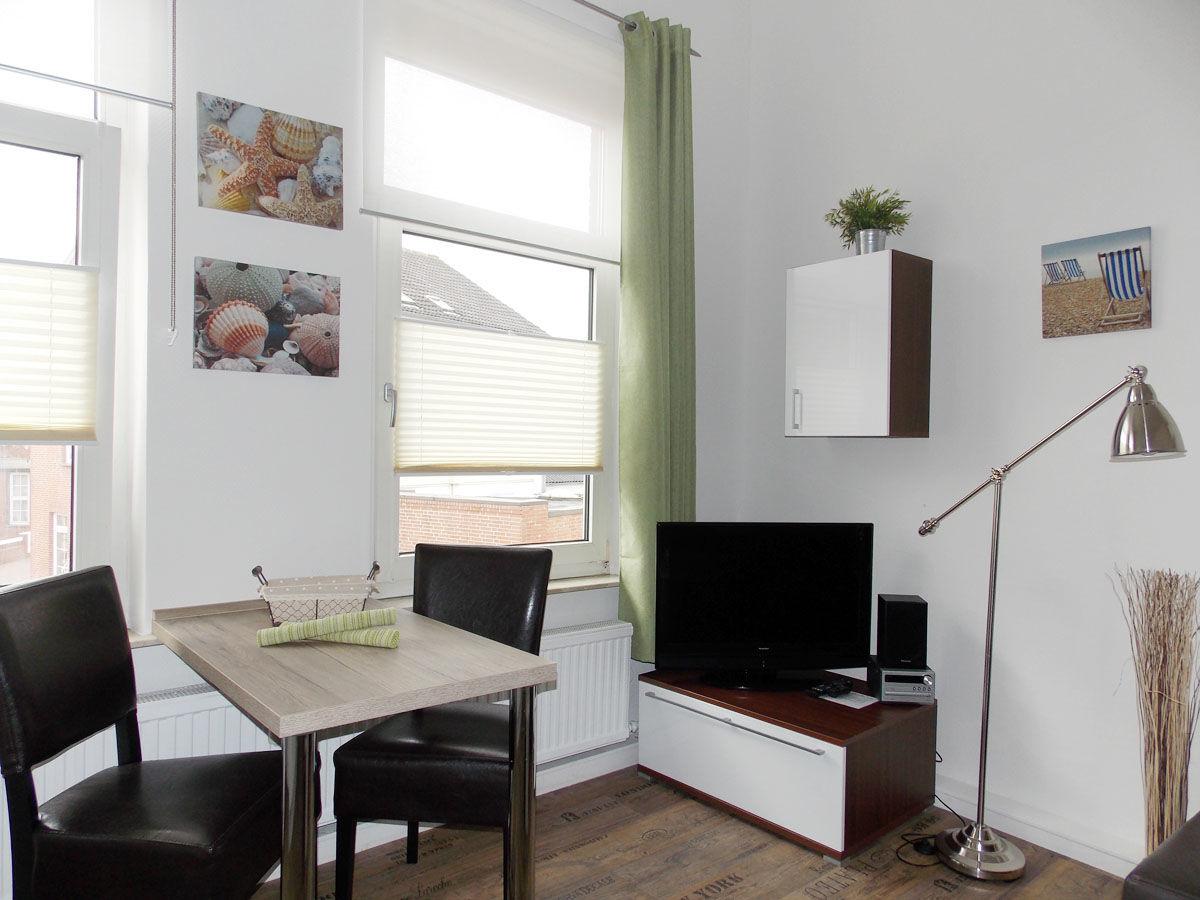 Ferienwohnung hus up de d whg 1 borkum firma for Wohnlandschaft 8 personen