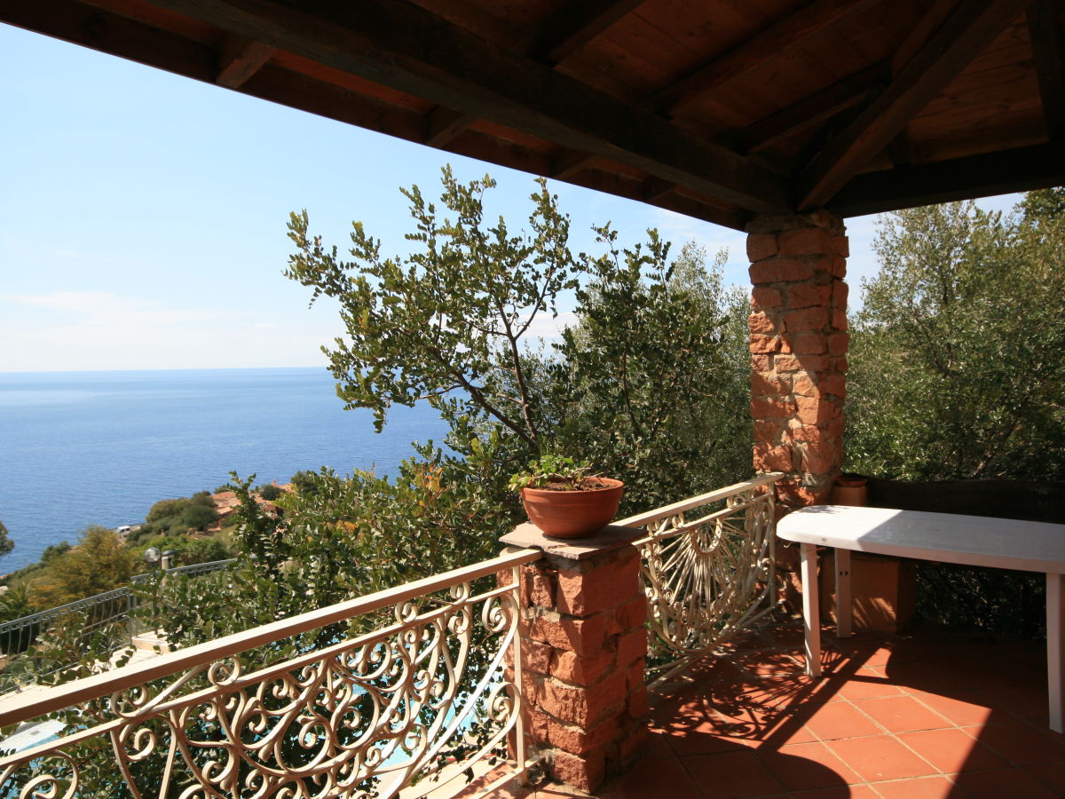 Apartment in Torre delle Stelle sea inexpensively