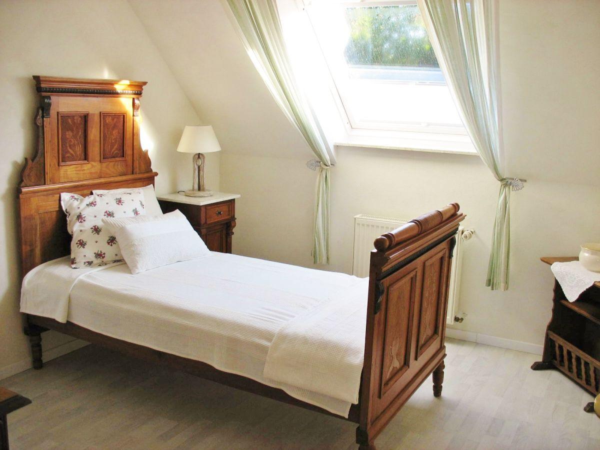 Schlafzimmer bornholm m bel bettw sche maritim exklusive schlafzimmer lampe beistelltisch f r - Exklusive schlafzimmer komplett ...