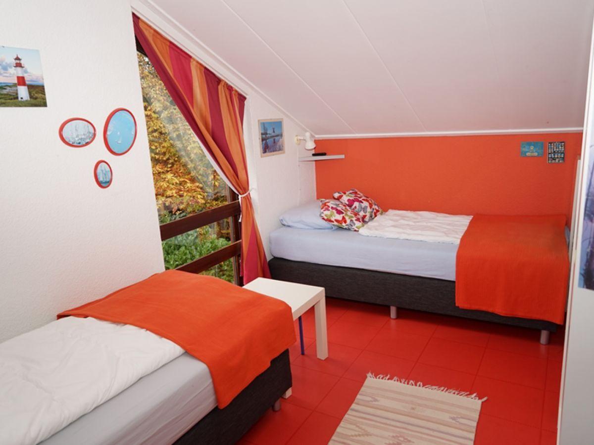 Rotes Schlafzimmer. Komplett Schlafzimmer Baur Wandfarbe Kaufen ...