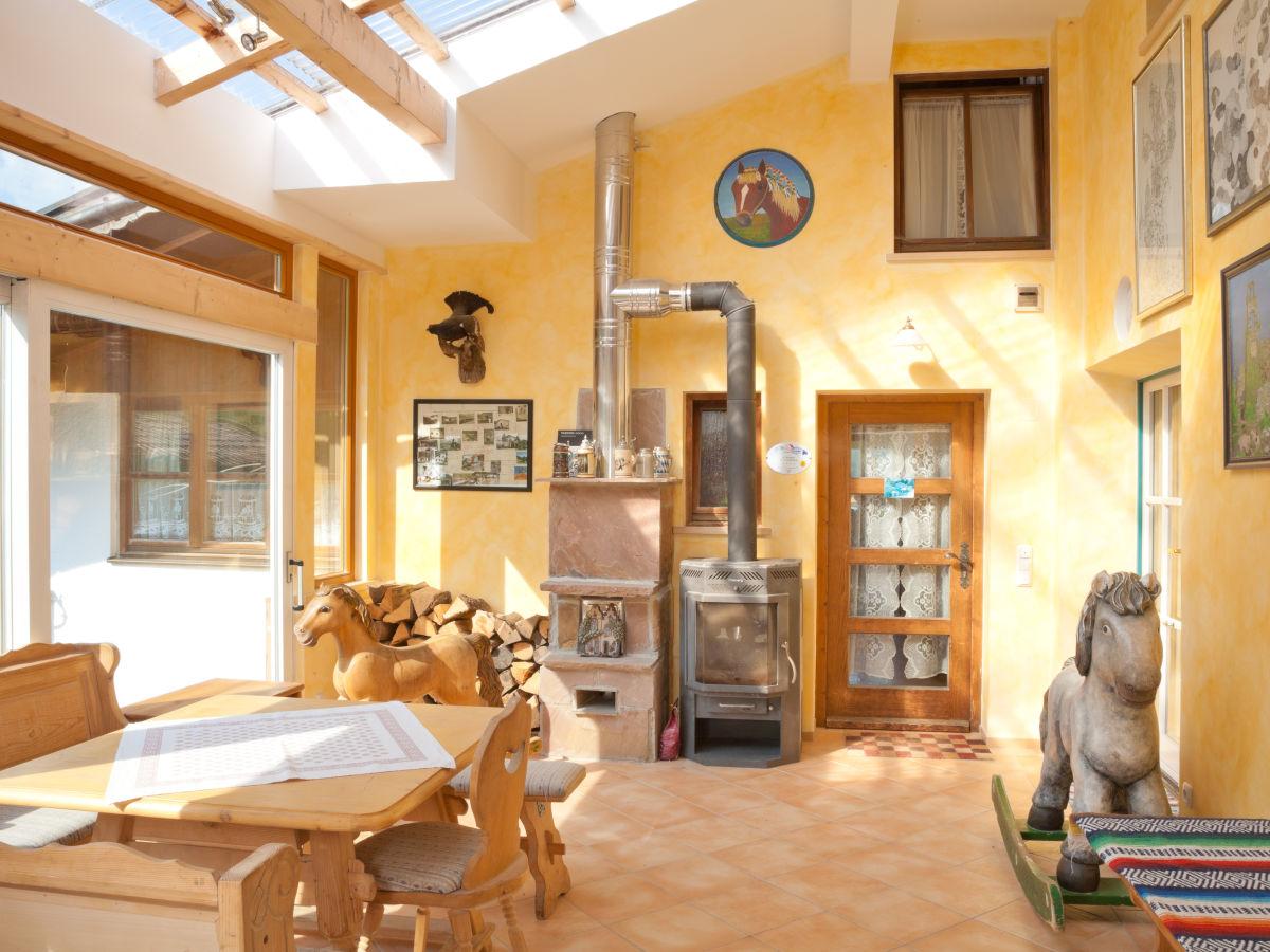 ferienwohnung 2 kreitmeir ammergauer alpen frau teresa wei. Black Bedroom Furniture Sets. Home Design Ideas